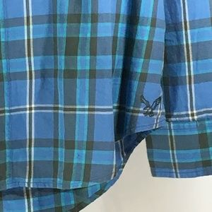 American Eagle Outfitters Shirts - American Eagle blue flannel athletic fit sz XL